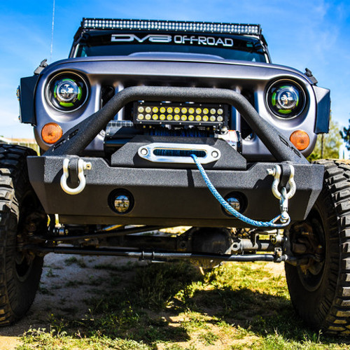 DV8 Offroad FBSHTB-15 FS-15 Hammer Forged Stubby Front Bumper with Fog Light Provisions for Jeep Wrangler JK 2007-2016