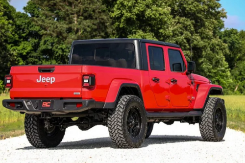 """Rough Country 63730 3.5"""" Suspension Lift for Jeep Gladiator JT 2020+"""