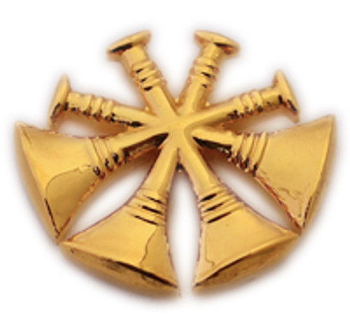 4 CROSSED TRUMPETS GOLD