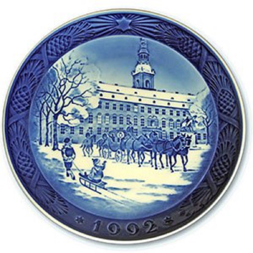 Royal Copenhagen 1992 Christmas Plate