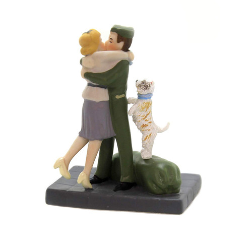 Department 56 Christmas in The City Wrapped Up in Love Figurine
