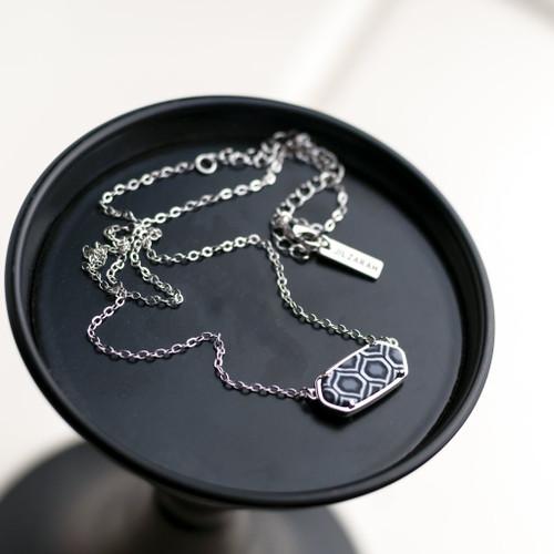 Jilzarah Black & White Rhodium Reversible Hex Short Chain Necklace