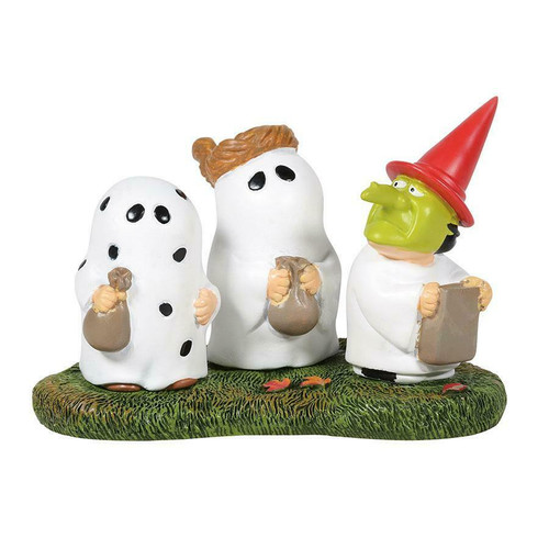 Department 56 Peanuts Village - Trick-Or-Treating with Peanuts