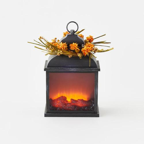 180 Fire Light Lantern with Harvest Wreath