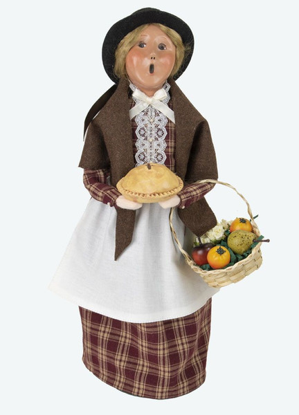 Byers' Choice Caroler, Woman With Pie (4860)