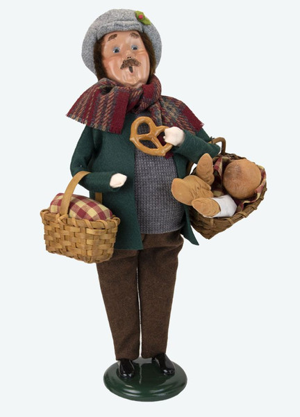 Byers' Choice Caroler, Man With Breads (4861)