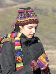 Alpaca Hat, Scarf, Glove Set (black/rainbow)