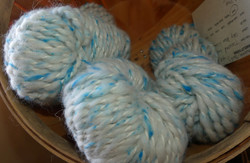 Alpaca (Huacaya/Suri) Lopi Yarn Sky Blue Clouds with Silk Noils