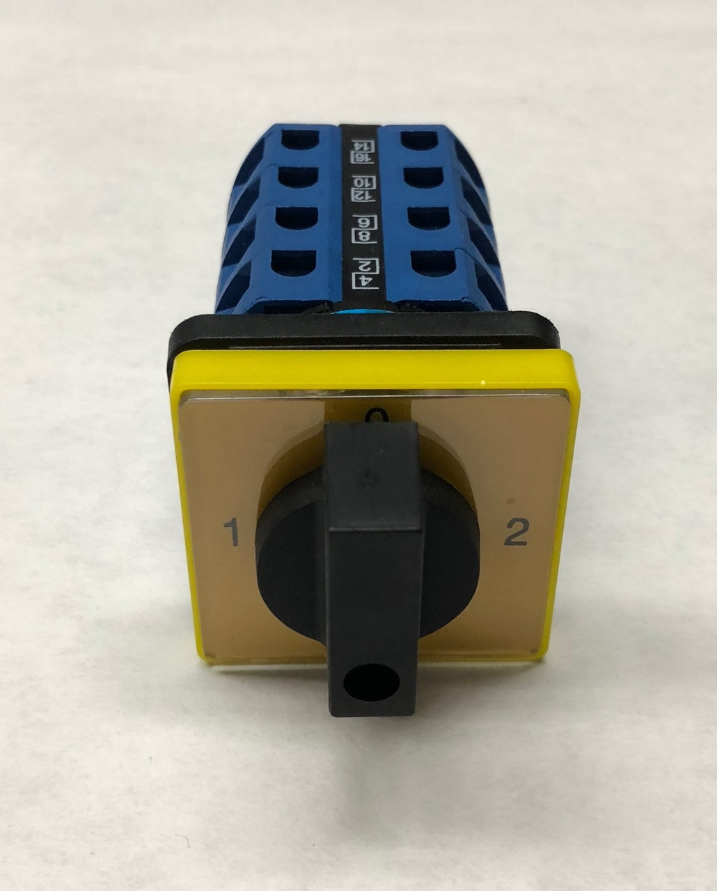 16 Lead Switch