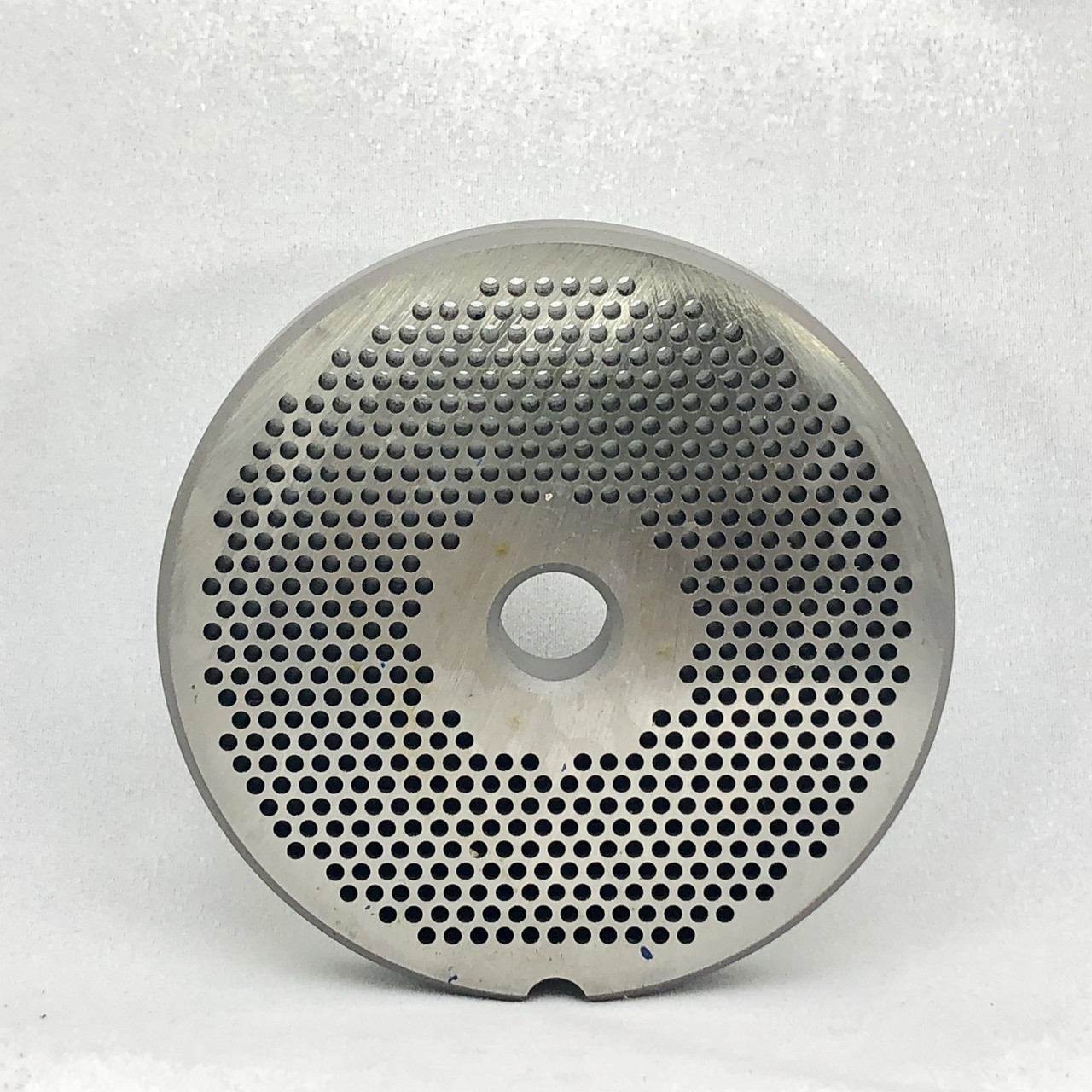 #22 Speco Meat Grinder Plate with 1/8'' Holes - Reversible & Hubbed Plate - 102328 & 102991