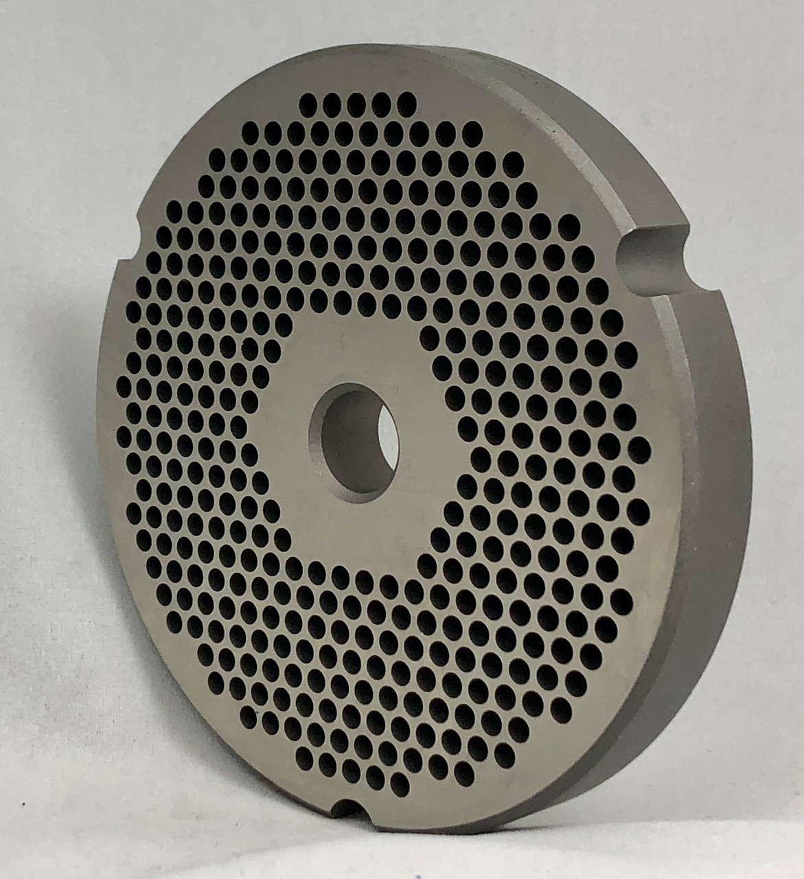 #32 Speco Meat Grinder Plate with 1/8'' Holes - Reversible & Hubbed Plate - 102200 & 104213