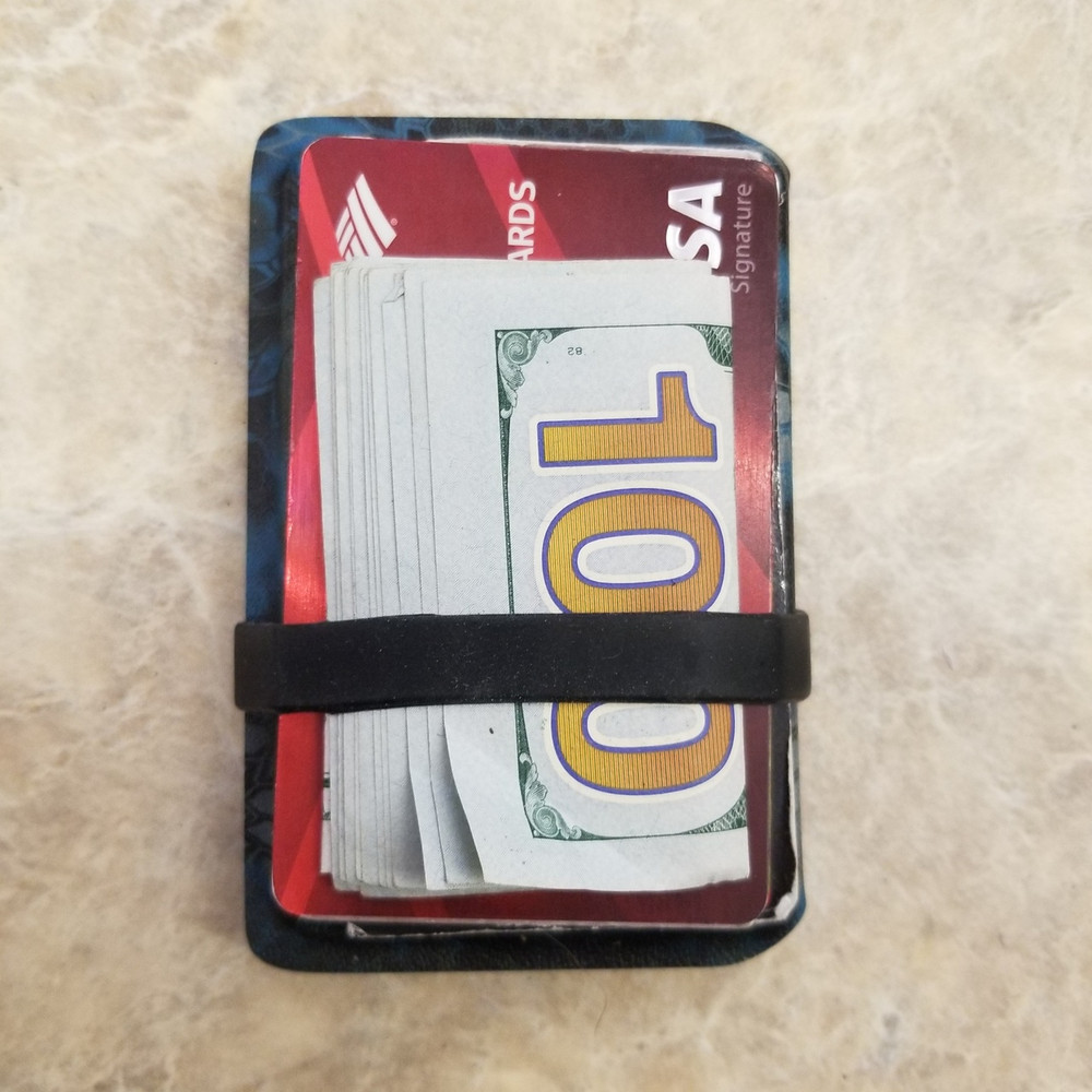 Wallet / Card Carrier
