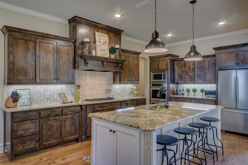 3 Reasons You Should Choose Wood Cabinet Doors For Your Kitchen
