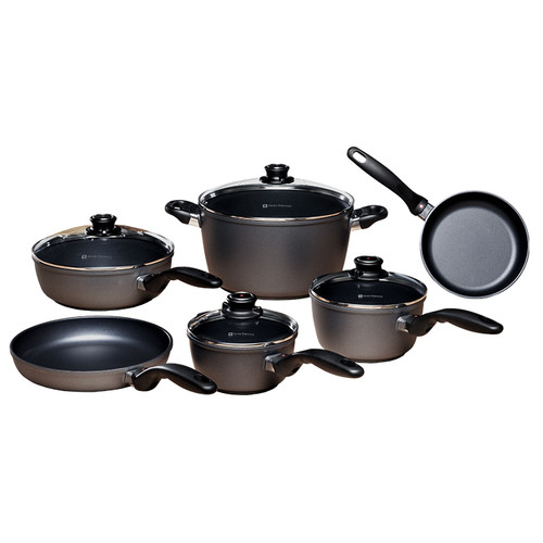 The Ultimate 10 Piece Kitchen Set  With Swiss Diamond's patented diamond-reinforced nonstick coating inside and out for easy cleaning, this 10-piece cookware set outfits a kitchen with all of the basics while promoting healthy, low-fat cooking. The set contains:  8 inch Fry Pan perfect for individual meals or side dishes Larger 9.5 inch Fry Pan for main courses 3.2-quart Saute Pan for mixed dishes and steamed vegetables 9.5 inch Lid that fits both the large skillet and the saute pan 1.4-quart Saucepan for sauces and gravies Lid that fits the 1.4qt sauce pan Larger 2.2-quart Saucepan with Lid for larger quantities of sauces and soups Lid that fits the 2.2qt Sauce pan 8.5-quart Stock Pot for pasta and main course stews Lid that fits Stock Pot Ergonomic stay cool handles are a staple on all Swiss Diamond cookware, and are oven-safe to 500 degrees F. Swiss Diamond pans are made of cast aluminum, therefore they cook food evenly without hotspots and resist warping. This cookware carries a Limited Lifetime Warranty.  The following model #s are in the set: 6420, 6424, 6724c, 6716c, 6718c, 6128c   Item #: SD6010