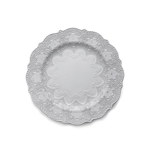 "A delicate white glaze, a rich, black clay and an vintage lace pattern blend beautifully to create this stunning plate. Italian ceramic, Hand made in Italy.  Microwavable, oven & dishwasher safe on the low-heat/air-dry setting.  Dimensions: 10.75"" D SKU: MER0028W"