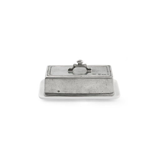 "Arte Italica Tuscan Rectangular Butter Dish TUS3656  The original pewter and ceramic dinnerware, combines white ceramic with our signature pewter trim. Handcrafted of the highest quality materials, this classic sugar and creamer set translates seamlessly from traditional to contemporary, from casual to formal. Italian ceramic and pewter, Hand made in Italy. Hand wash only.  8"" L x 4"" W x 3.5"" H"