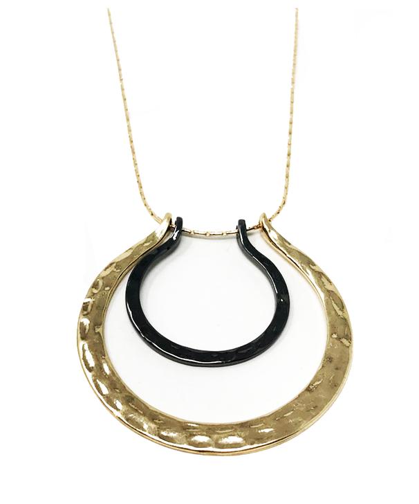 Short Multi Layer Pendant Necklace - Hematite