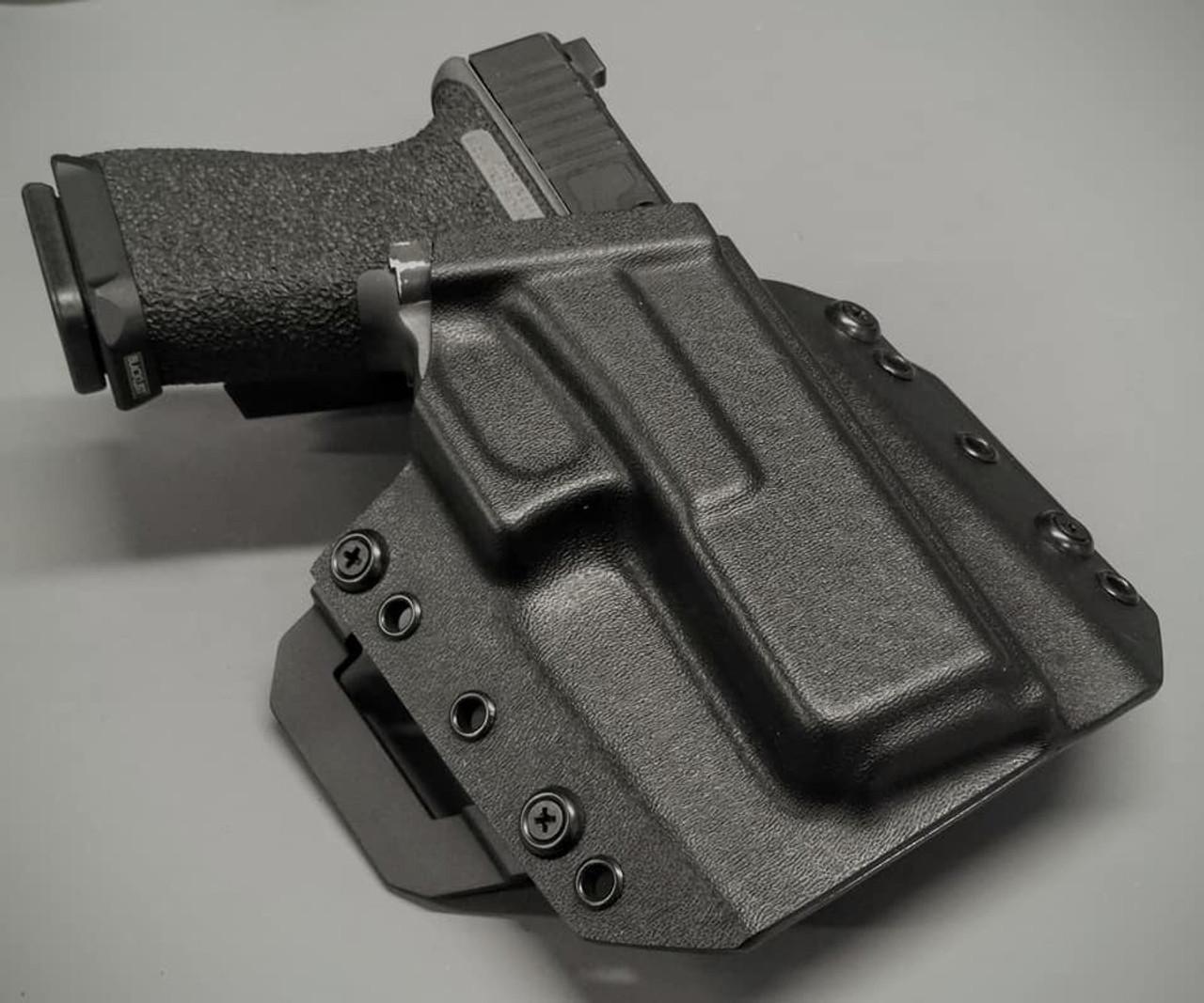 Glock 17 Outside Waistband Holster