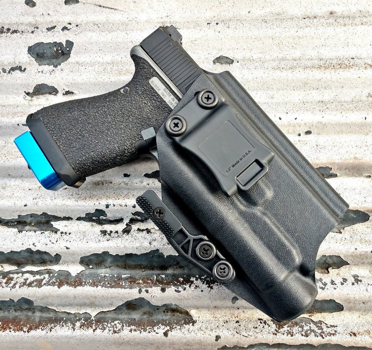 Glock 19 with Streamlight TLR1 HL Holster