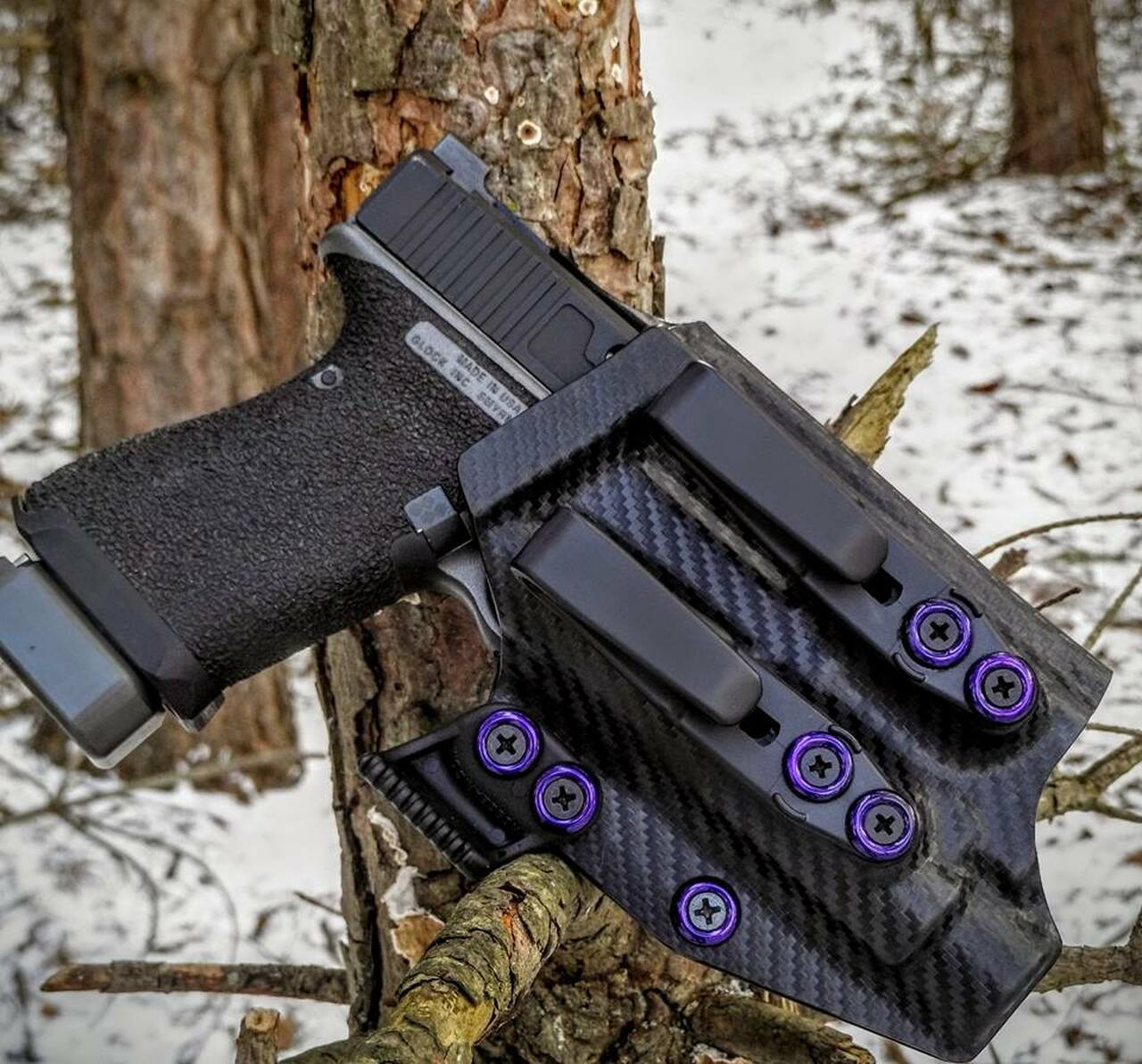 Glock 19 with O-Light PL2 Valkyrie Holster