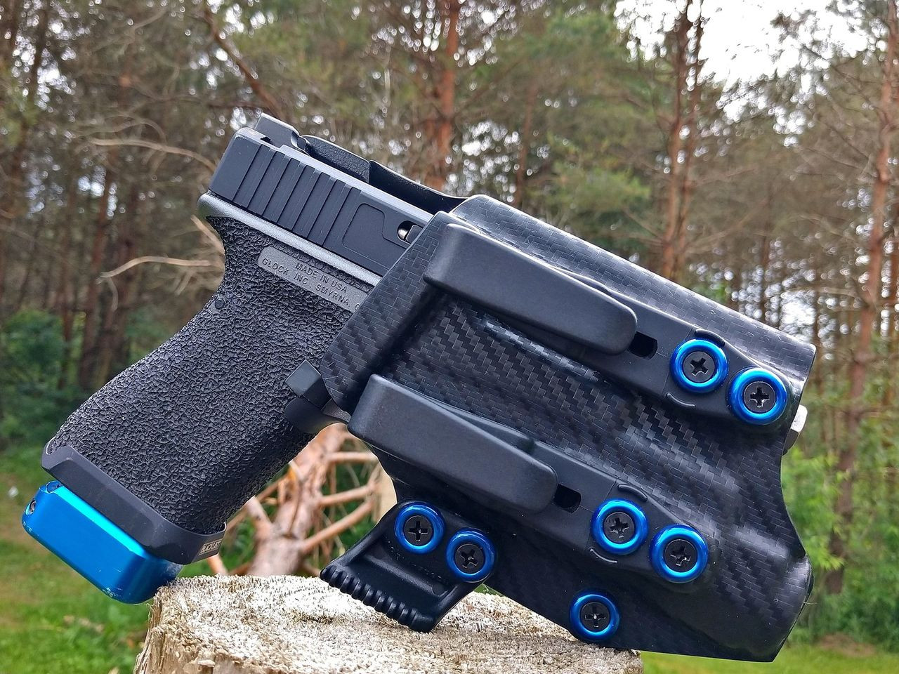 Glock 19 Light Bearing Holster