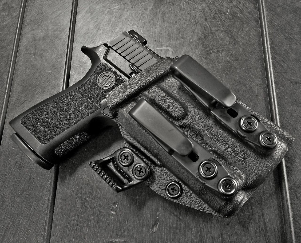 Sig Sauer P320 X Carry with Inforce APLc Holster