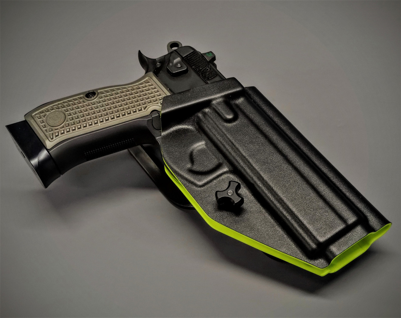 CZ SP-01 Safariland UBL Drop Holster