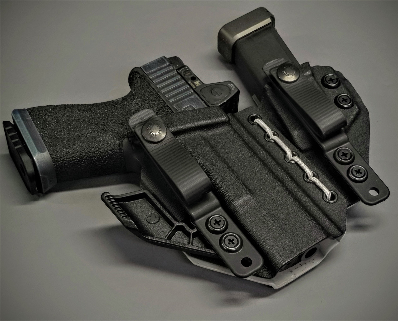 Glock 19  Appendix Carry Rig