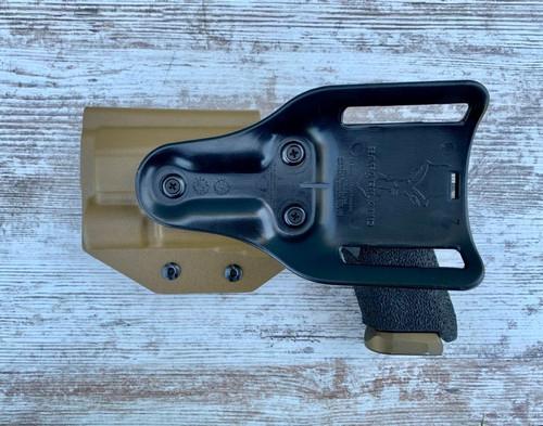 CZ P-09 w/ Surefire X300 Light Bearing Drop Holster