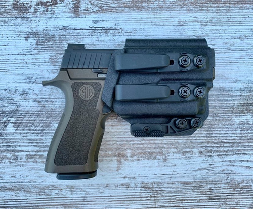 Sig Sauer P320 X Compact with OLight Mini 2 Inside Waistband Holster