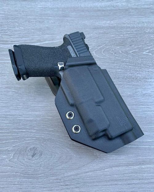 Glock 17/19/22/23 w/ Inforce APLc Outside Waistband Holster