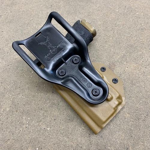 CZ P10c w/ OLight Mini 1 Light Bearing Drop Holster