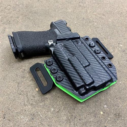 Glock 19/23 w/ OLight Mini 2 Light Bearing Outside Waistband Holster