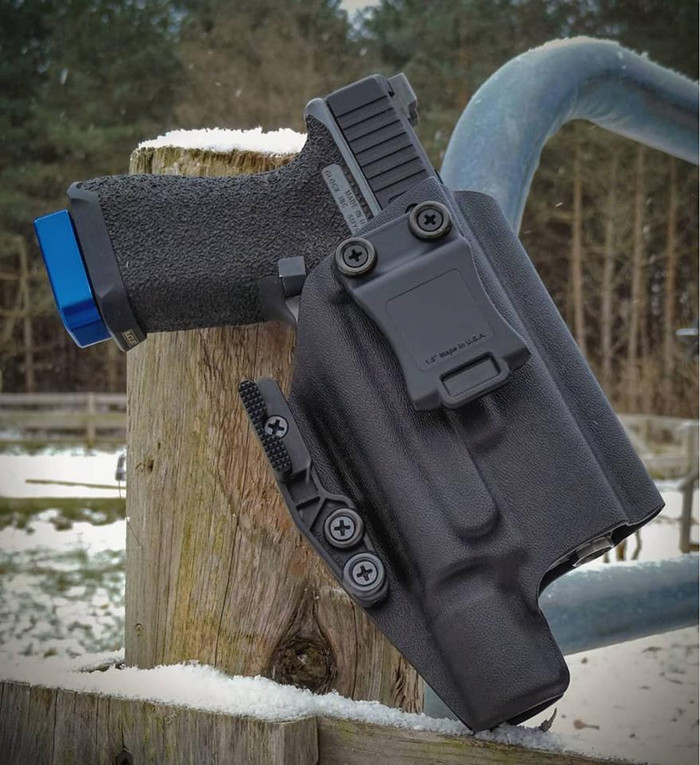 Glock 19 with Surefire X300 Holster
