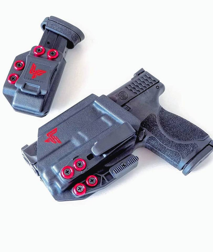 M&P with O-Light PL Mini Holster
