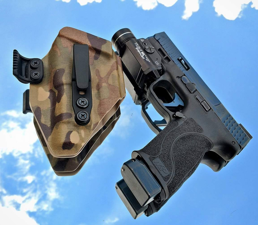 M&P with Streamlight TLR1 HL Minimalist Holster