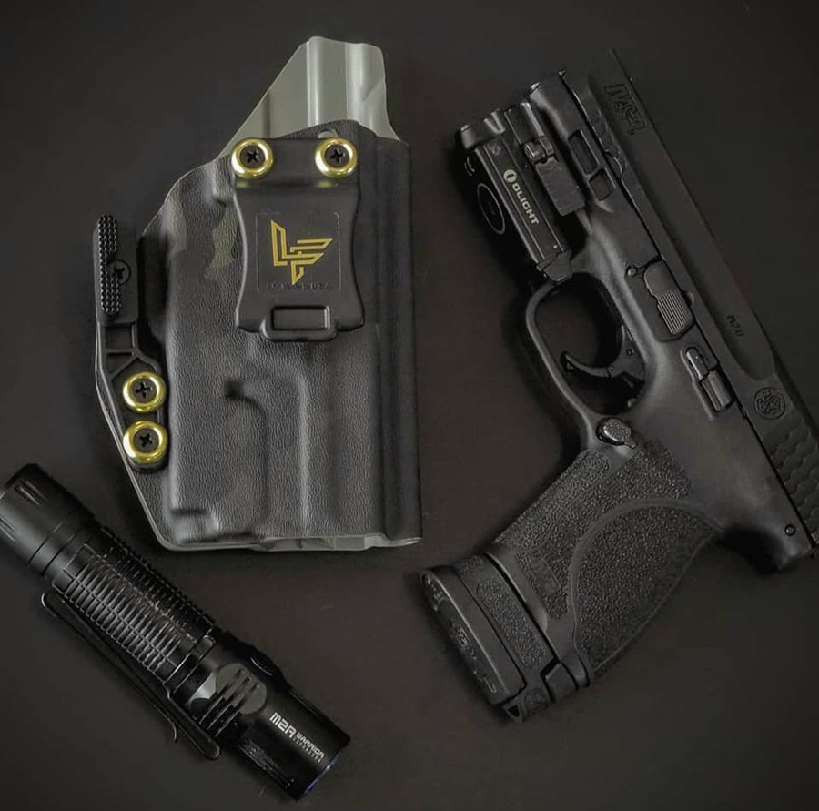 M&P Compact with O-Light Mini Black Multicam Holster