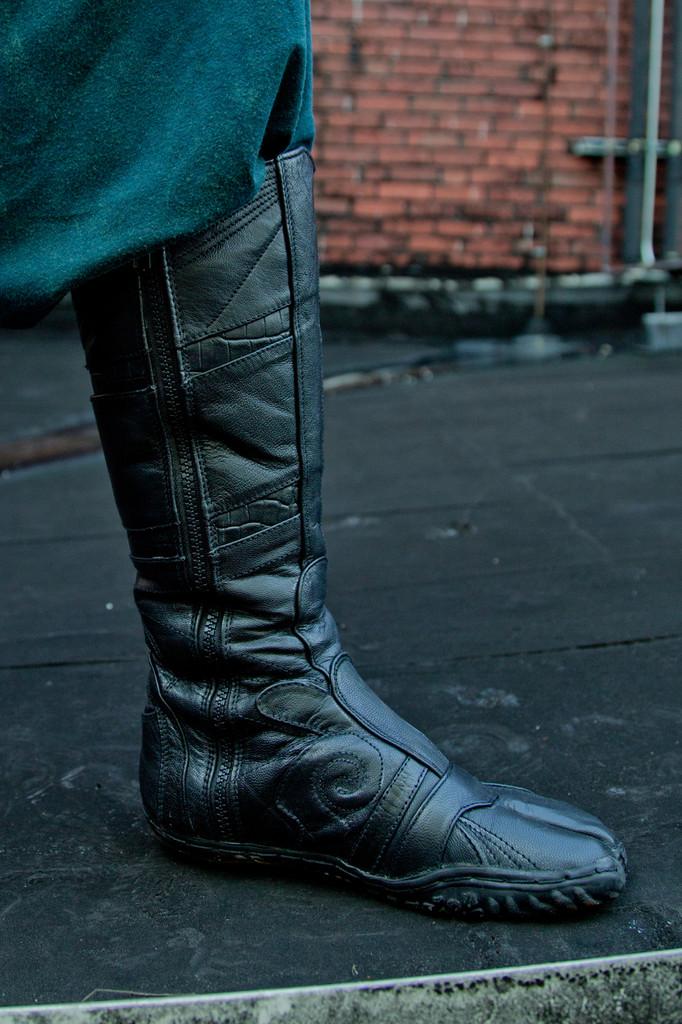 Leather Spiral Tabi