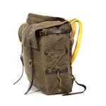 This quality pack is crafted in Duluth, Mn with the best materials including padded buckskin shoulder straps, waxed canvas, leather fastening straps, and solid brass hardware.