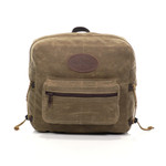 This durable and attachable pack allows you to carry the essentials and have access to the immediately.