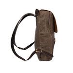 The Lookout Daggett Day Pack is a smaller Pack that can be used professionally and for adventure.