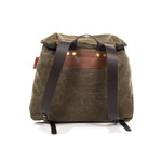 Brindle leather shoulder straps are used to make this pack even more durable so that it will hold up through any adventure that may arise.