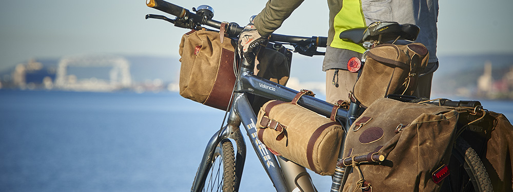 Classic Bike Bags in Waxed Canvas - Video Review