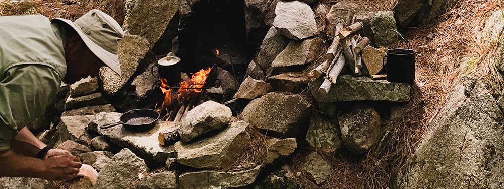 How to Light a Fire in the Field - the Basics