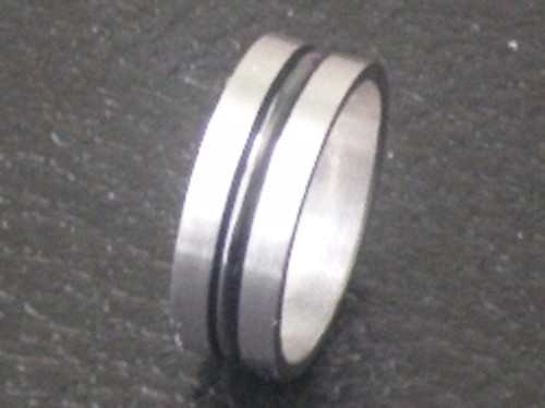 Stainless Steel Middle Ridged Ring