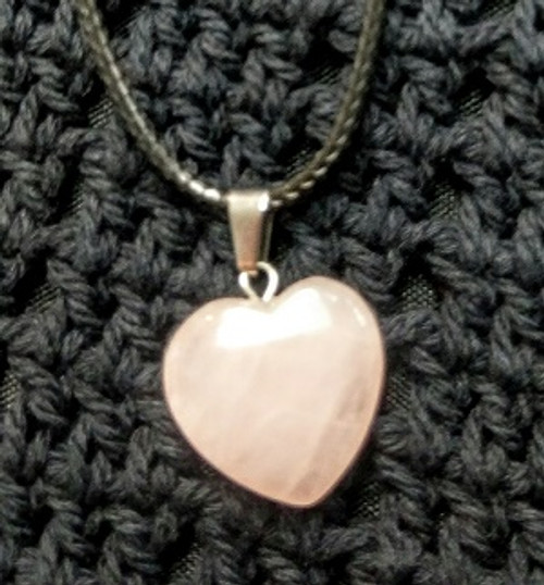 Heart Choker - Rose Quartz 2 x 2cm Rose Quartz Love , Peace & Happiness Higher Heart Chakra	 Slows Ageing, Balances Weight Assists Ear, Nose & Throat issues