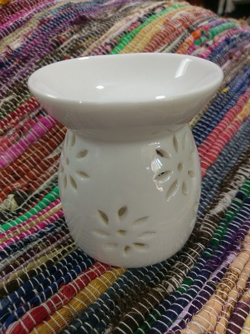 Oil Burner Flower White  Approx 9cm x 8cm