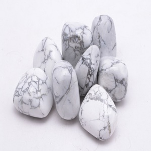 White Howlite See our Crystal Page for properties & uses. Approx size 1.5-3.5