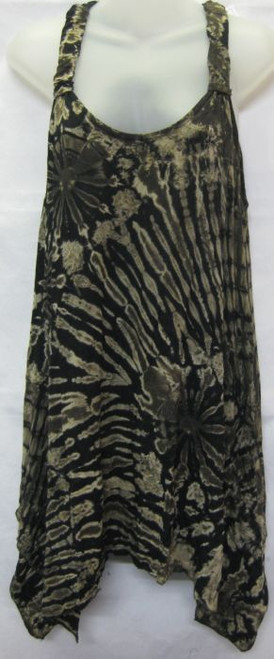 Tye Dye Tunic Black/Brown Has cut out shoulders, front pockets & angled hemline 95%viscose 5% spandex Fits 10-16