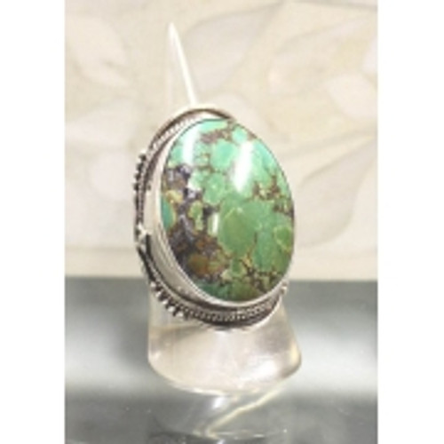 Ring Mohave Green Stunning ring set in sterling silver Size 9
